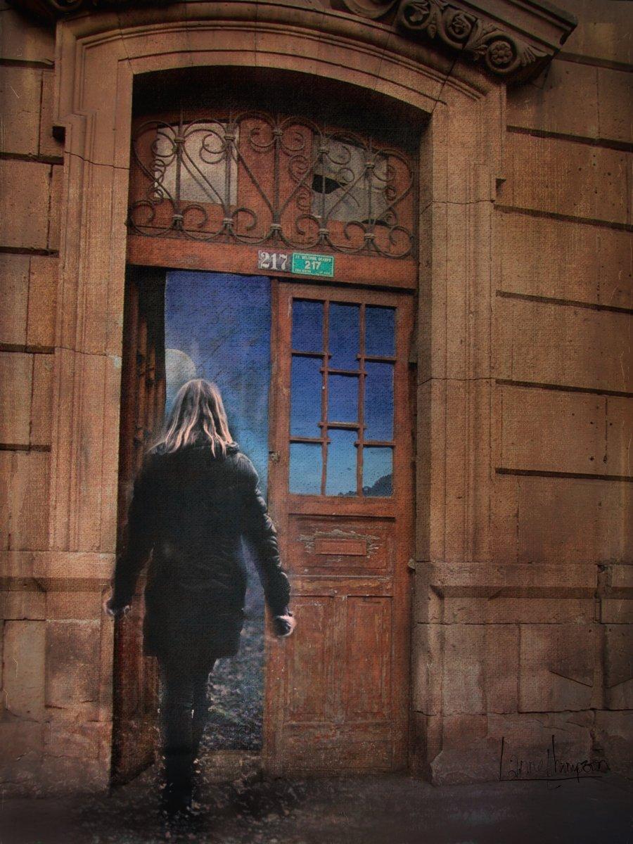 first door8282778118880094279..jpg